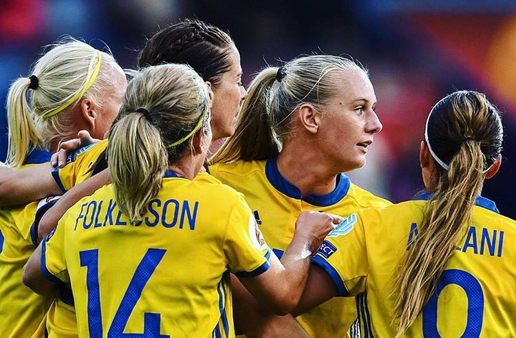 Sverige foll mot japan i vm match