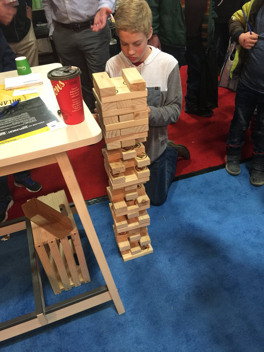 The Jenga games are getting pretty heated today! @MasterfeedsCDN #CDX2018 #perfectbalance <br>http://pic.twitter.com/KQP6TRHdE2