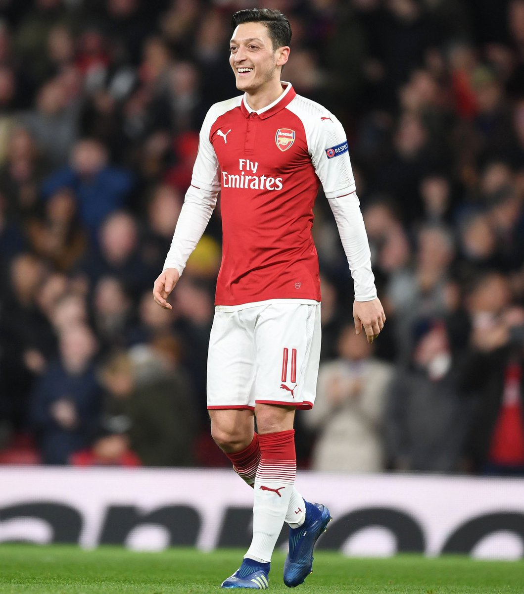Decent European night in North London 😉👍🏼 Feeling really happy I could help my team with a hattrick of assists ⚽⚽⚽ #YaGunnersYa #UEL @Arsenal