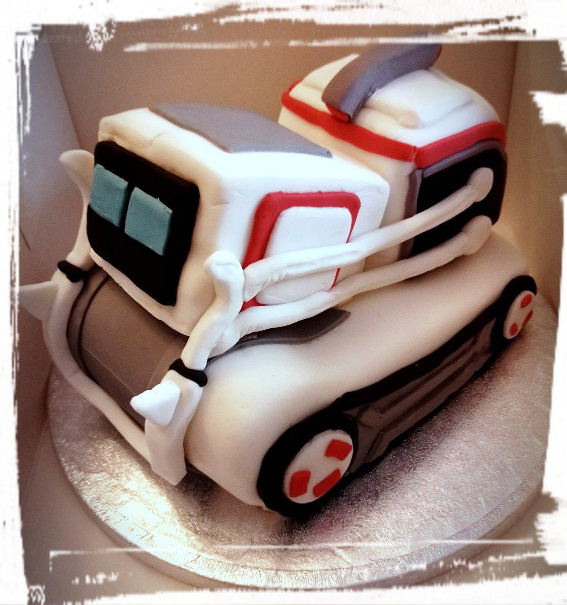 Fine Trinity Cakes Twitterissa Cozmo The Robot Cake To Match A Personalised Birthday Cards Epsylily Jamesorg