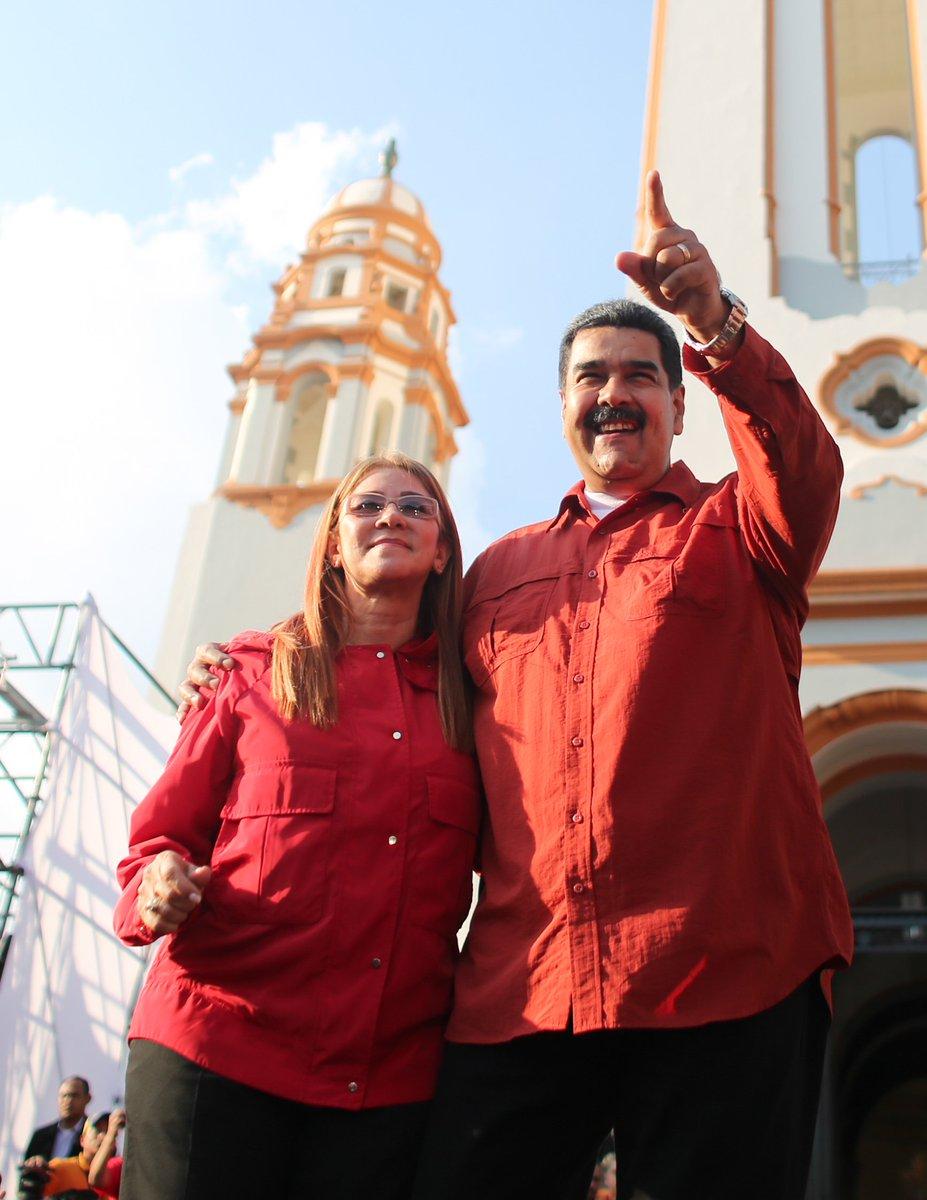 Dictadura de Nicolas Maduro - Página 37 DaDcP7OX0AATeXM