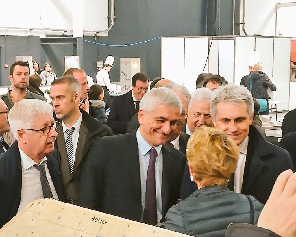 En direct des #ODMNormandie avec @Herve_Morin, président @RegionNormandie et @joelbruneau, maire de @CaenOfficiel #ParcExpoCaen https://t.co/OZjsFk9WGx