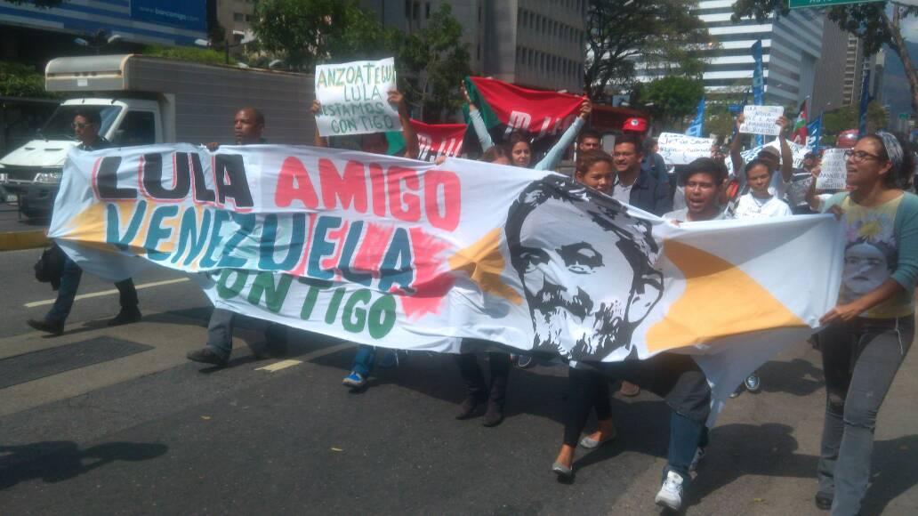 VENEZUELA | Acto de solidaridad por @LulapeloBrasil  #LulaLivre