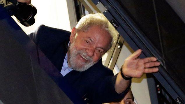 Presidentes y líderes del continente se solidarizan con Lula https://t.co/YvIhb6huG9 https://t.co/kxQaasu4tk