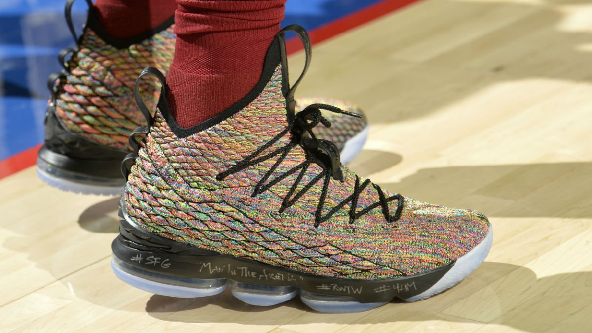 e76518efd193  SoleWatch   KingJames wearing the