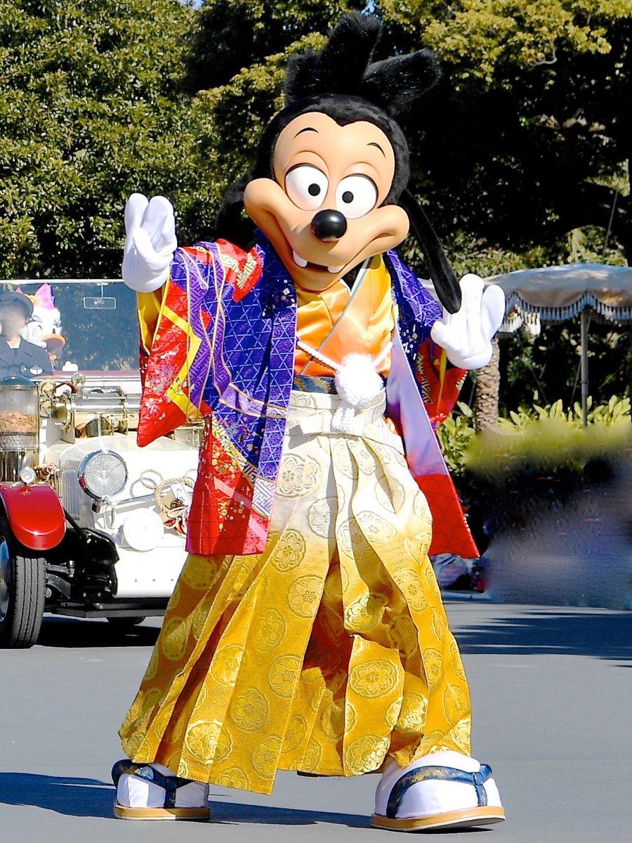 マックスは1995年4月7日公開の映画『グーフィー・ムービー/ホリデーは最高!!』でスクリーンデビューしました☆