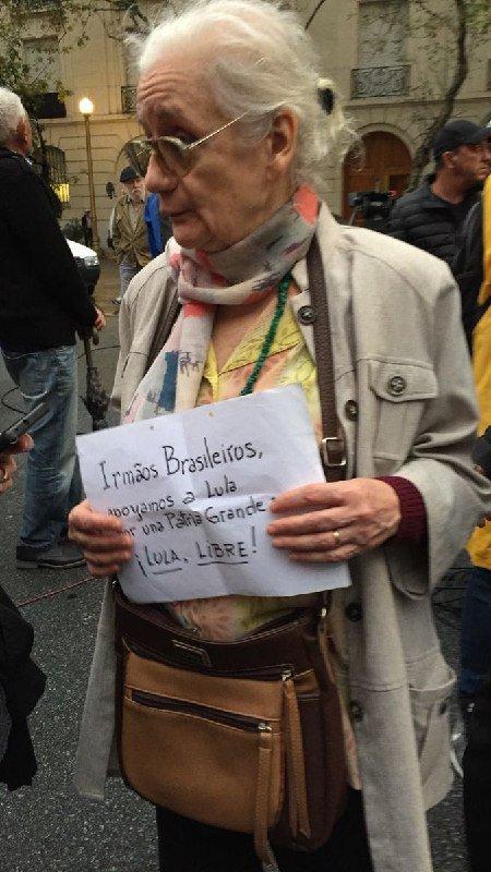 Solidariedade cubana! #LulaLivre