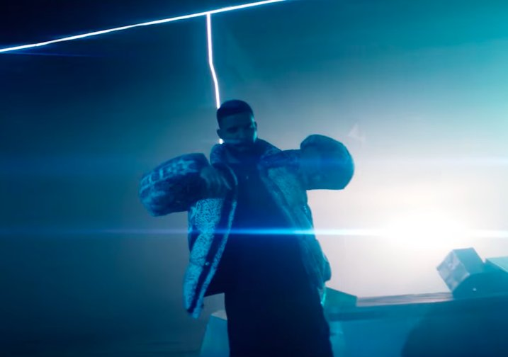 Watch @Drake's 'Nice For What' video with @IssaRae, @TraceeEllisRoss, @internetsyd https://t.co/J8ErWTW2UX 🚨🚨🚨 https://t.co/iC3LBhJ4Di