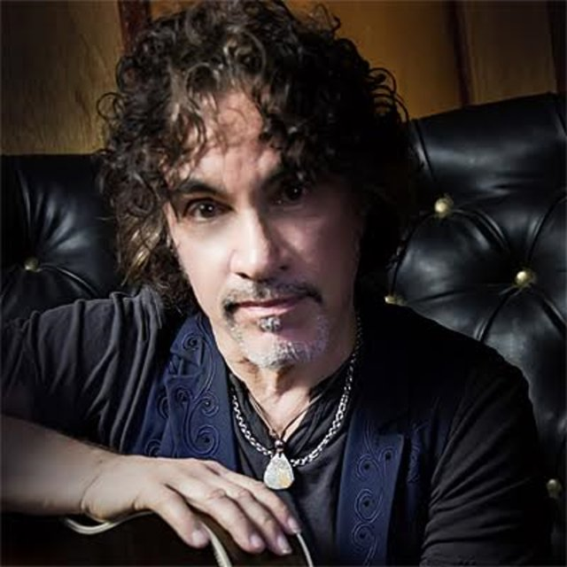 Guess who\s on the birthday list today? It\s a big happy 69th to John Oates!