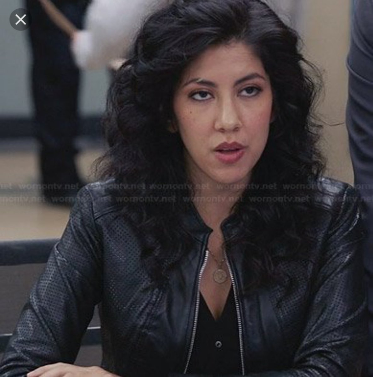 stephanie beatriz on twitter hi i changed the look for that season