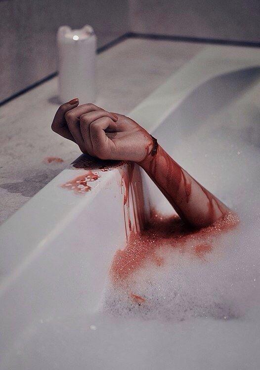 Картинки с самоубийством и надписями, сердце
