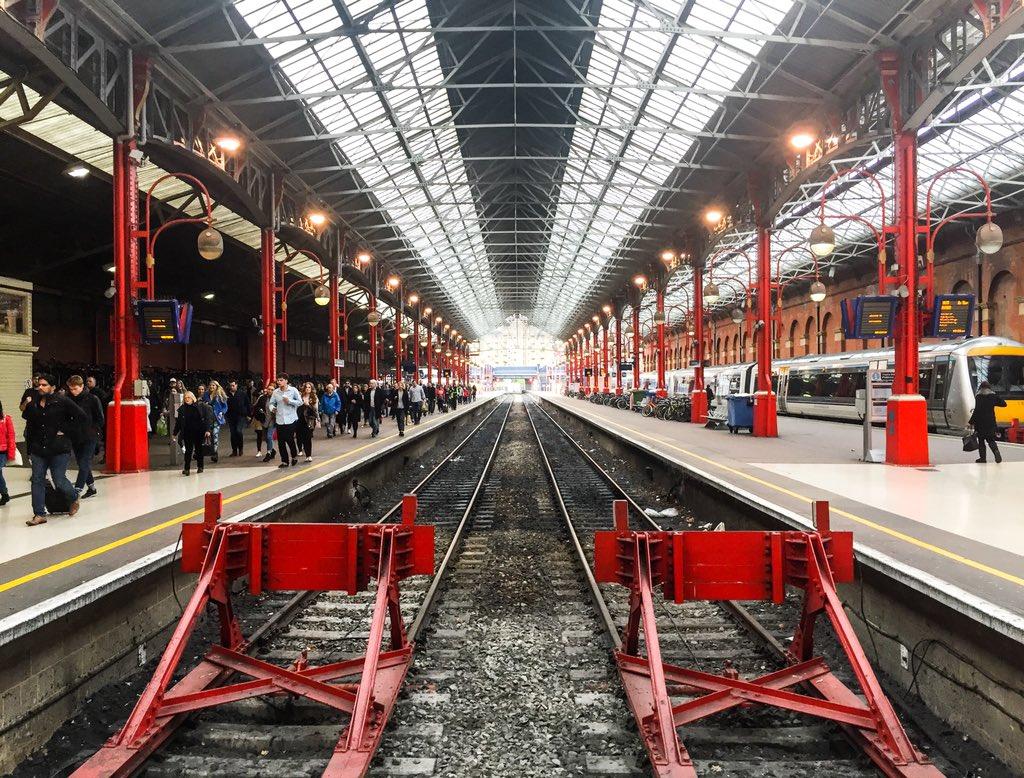 DaMsphdW4AQJvNT - Marylebone station's anniversary