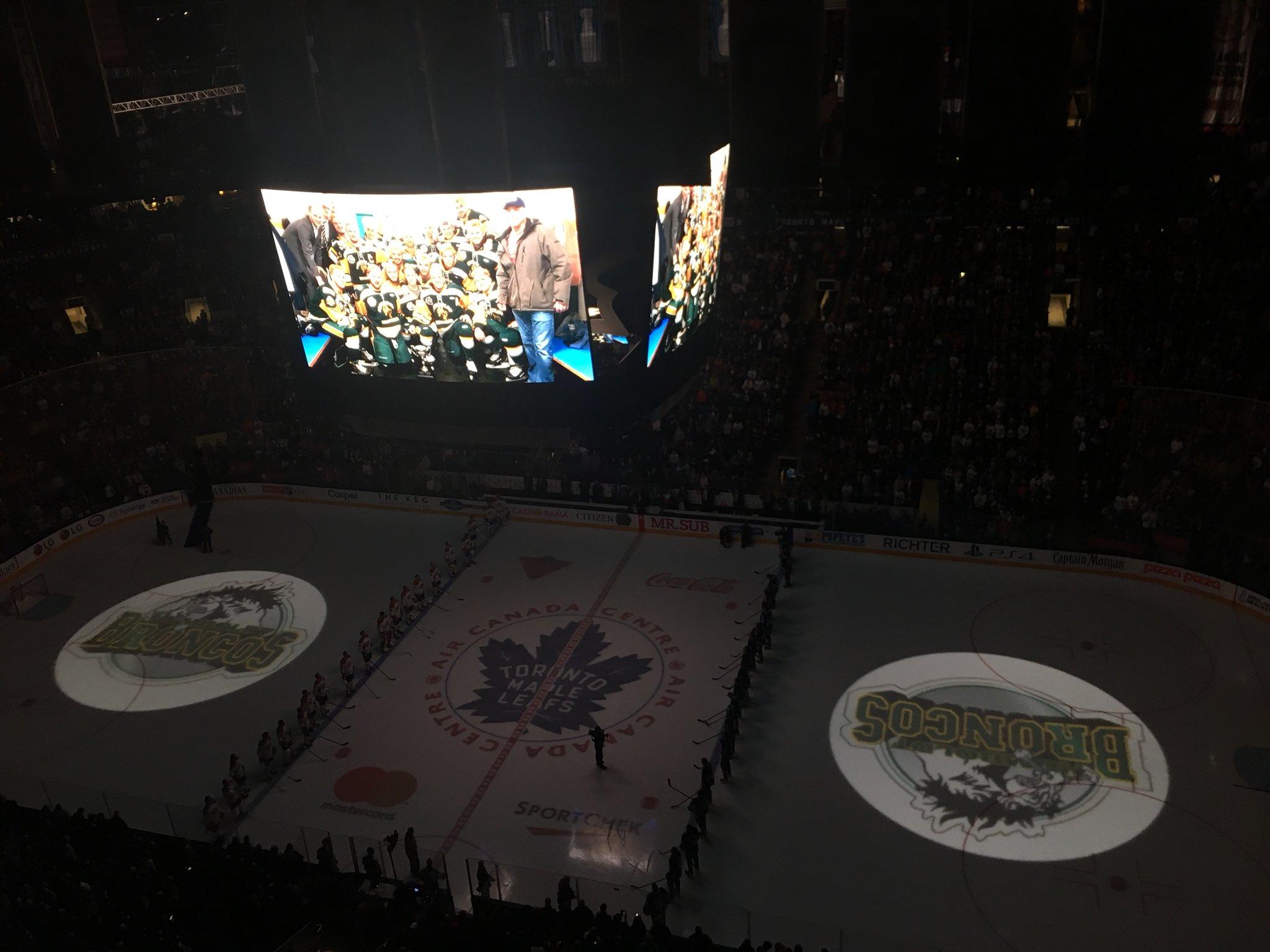 Canadiens Montréal On Twitter Un Moment De Silence Est Observé En