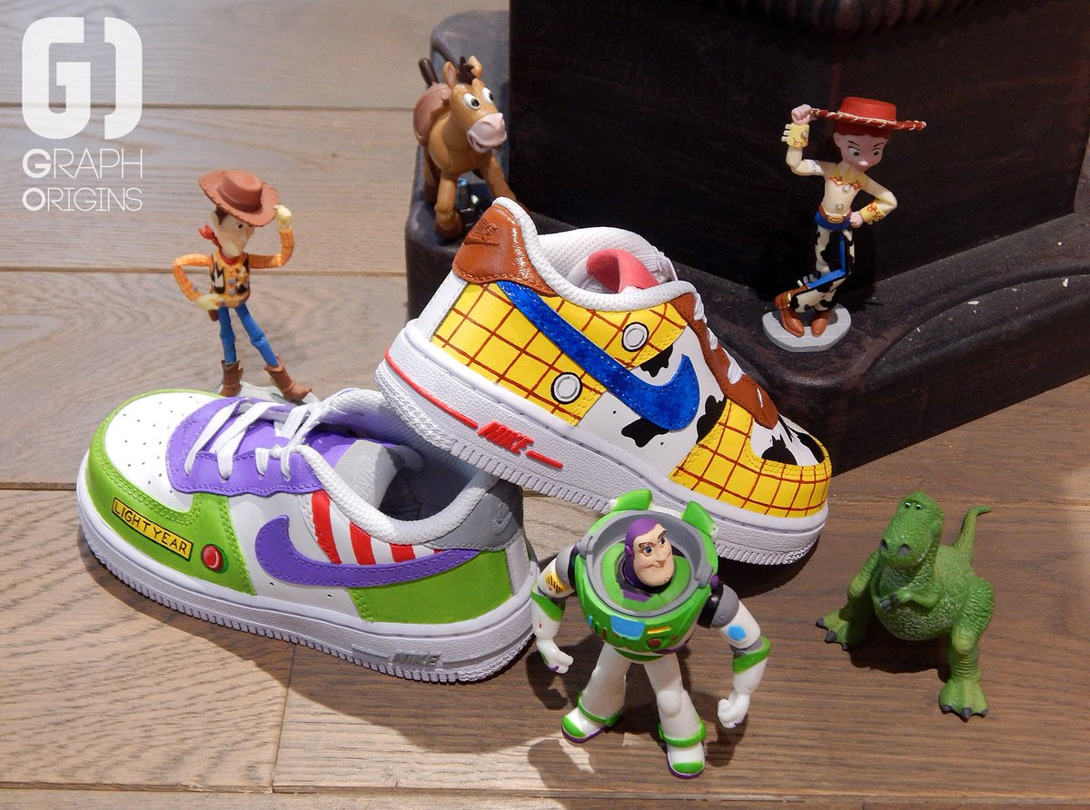 On Custom Chaussures Nike Toy Sur Air Twitter Story Graph Origins CawUqg