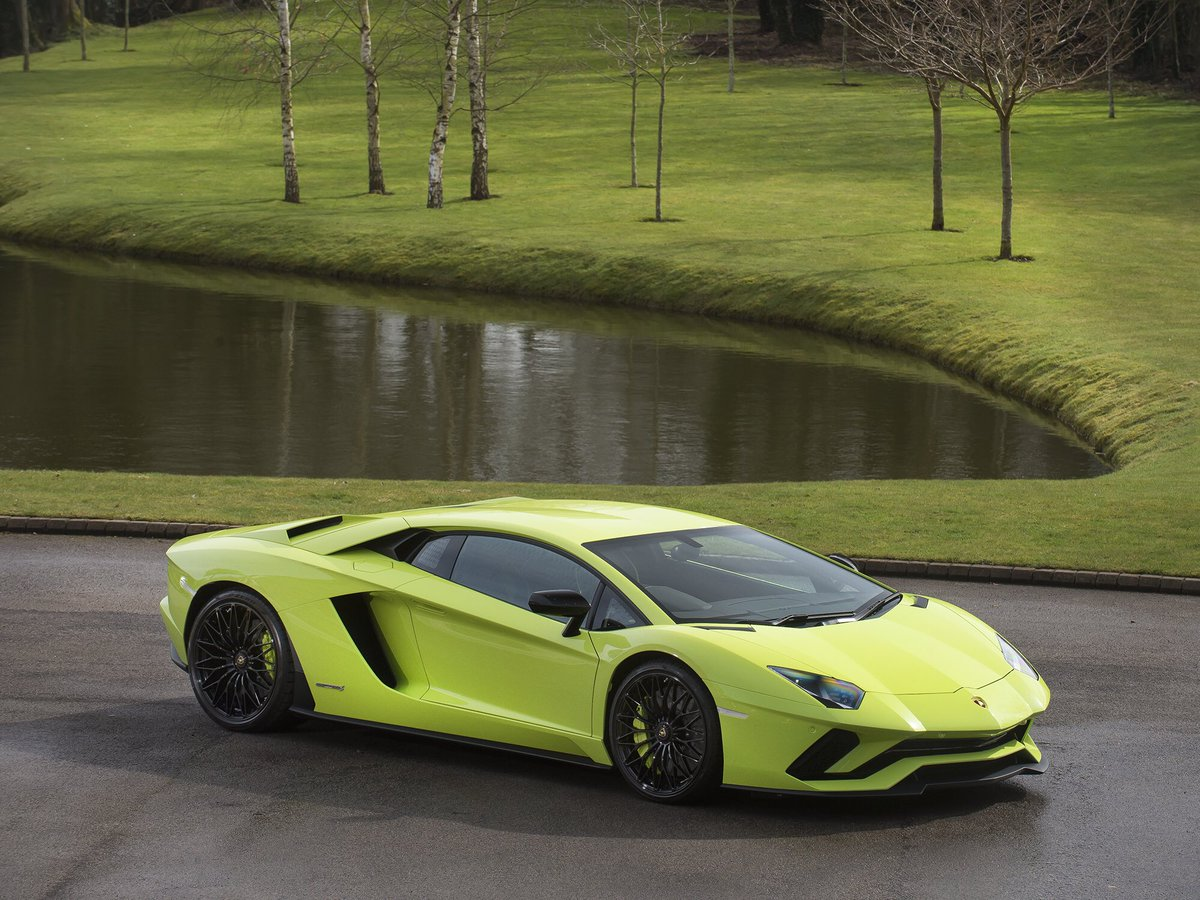 n mclaren india lamborghini car huracan new bbc tags lime news performante first drive price hurac supercar green ferrari nurburgring