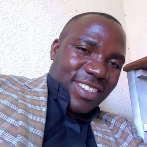 Pourquoi des #jeunes_prêtres sont tués souvent dans le Massif?En 2015c'était #Jeanpaul_kyalembera, aujourd'hui c'est #Étienne,m.Ils sont de la même promotion.Msgr #ThéoKaboyi doit s'expliquer