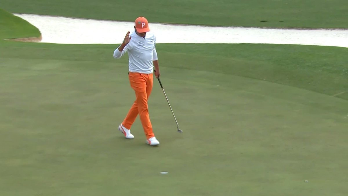.@RickieFowler closes his final-round 67 with a birdie on No. 18 and finishes at 14-under par. #themasters