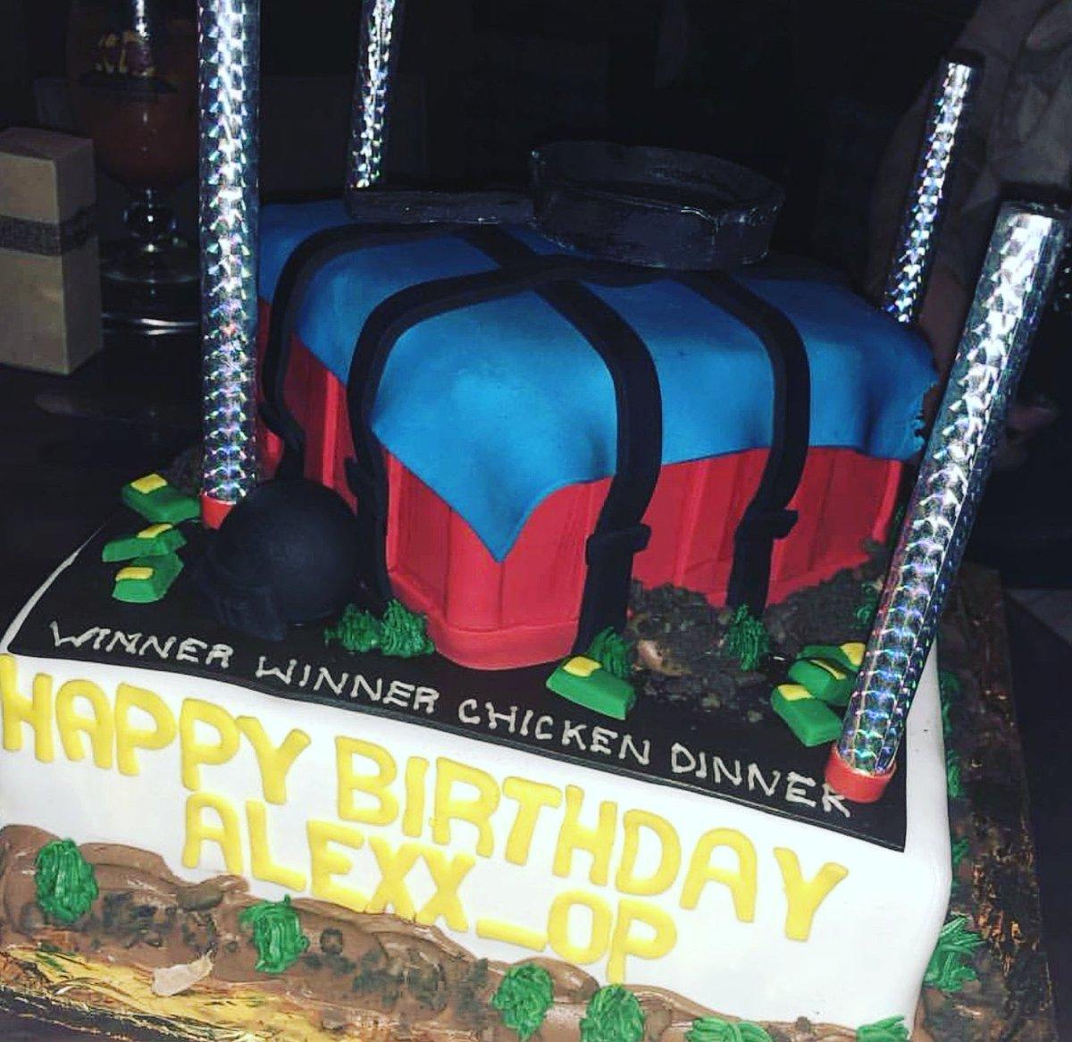 Alexx Op On Twitter My Custom Made Pubg Cake For My Birthday Ftw