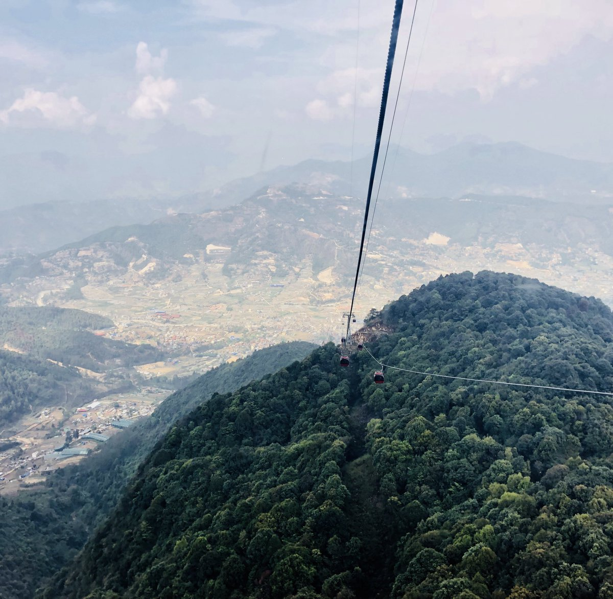 Putting an aerosol mass spectrometer on Chandragiri cable cars: best or worst idea yet? #Nepal #NAMaSTE3 <br>http://pic.twitter.com/SgeXVA1YPa