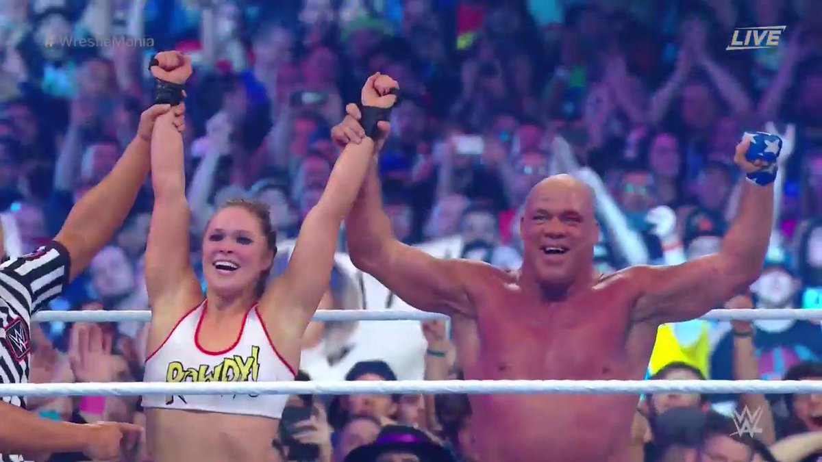 VICTORY for @RondaRousey & @RealKurtAngle as the ROWDY one makes @StephMcMahon TAP OUT! #WrestleMania #TeamRousey