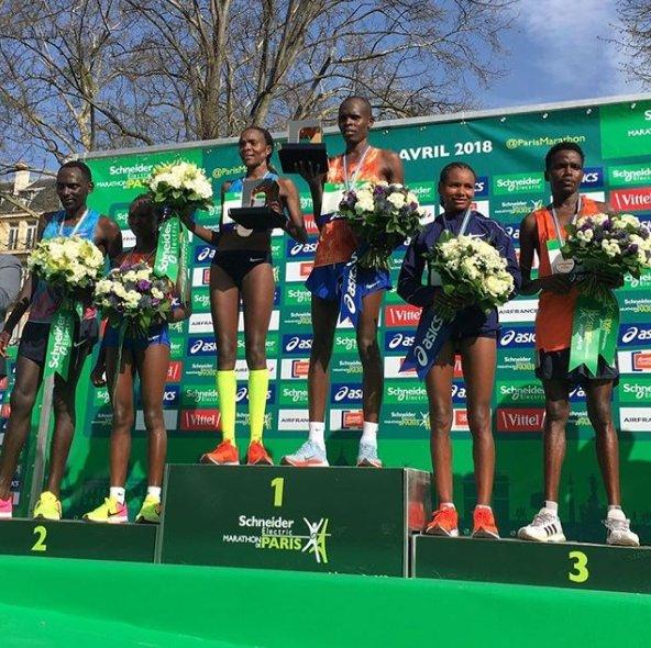 """Résultat de recherche d'images pour """"podium mixte marathon de paris"""""""
