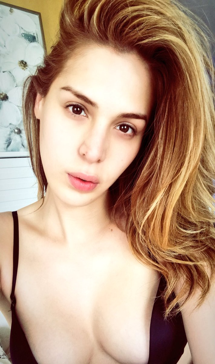 Carmen Carrera naked (42 pics) Cleavage, 2017, bra