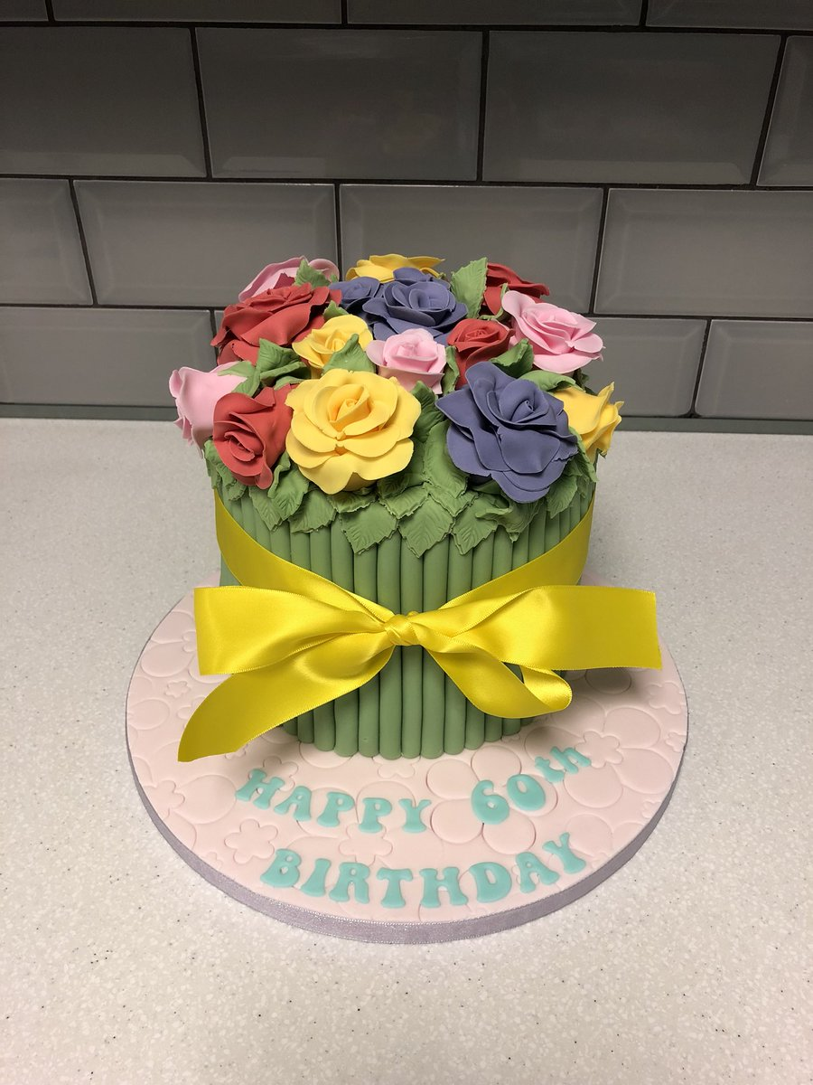 Cake in a box on twitter bouquet of flowers cake izmirmasajfo