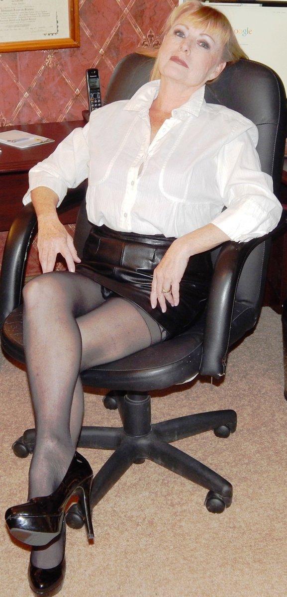 Зрелые женщины рабы — 13