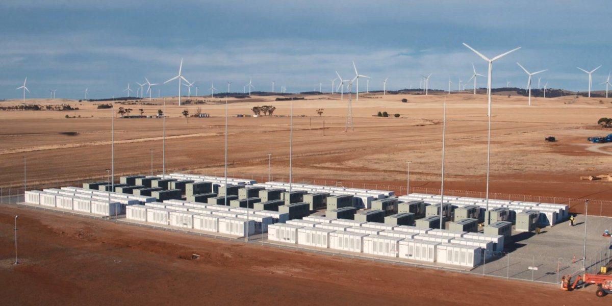 Batteries cut costs and respond to major power problems quicker than coal, gas or hydro generators https://t.co/g3BhJbW4Rq