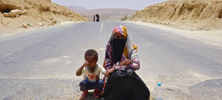 Condições de refugiados e migrantes no Iêmen alarma a Acnur. https://t.co/HXxdMTInT0 📷ONU/Ocha/Giles Clarke