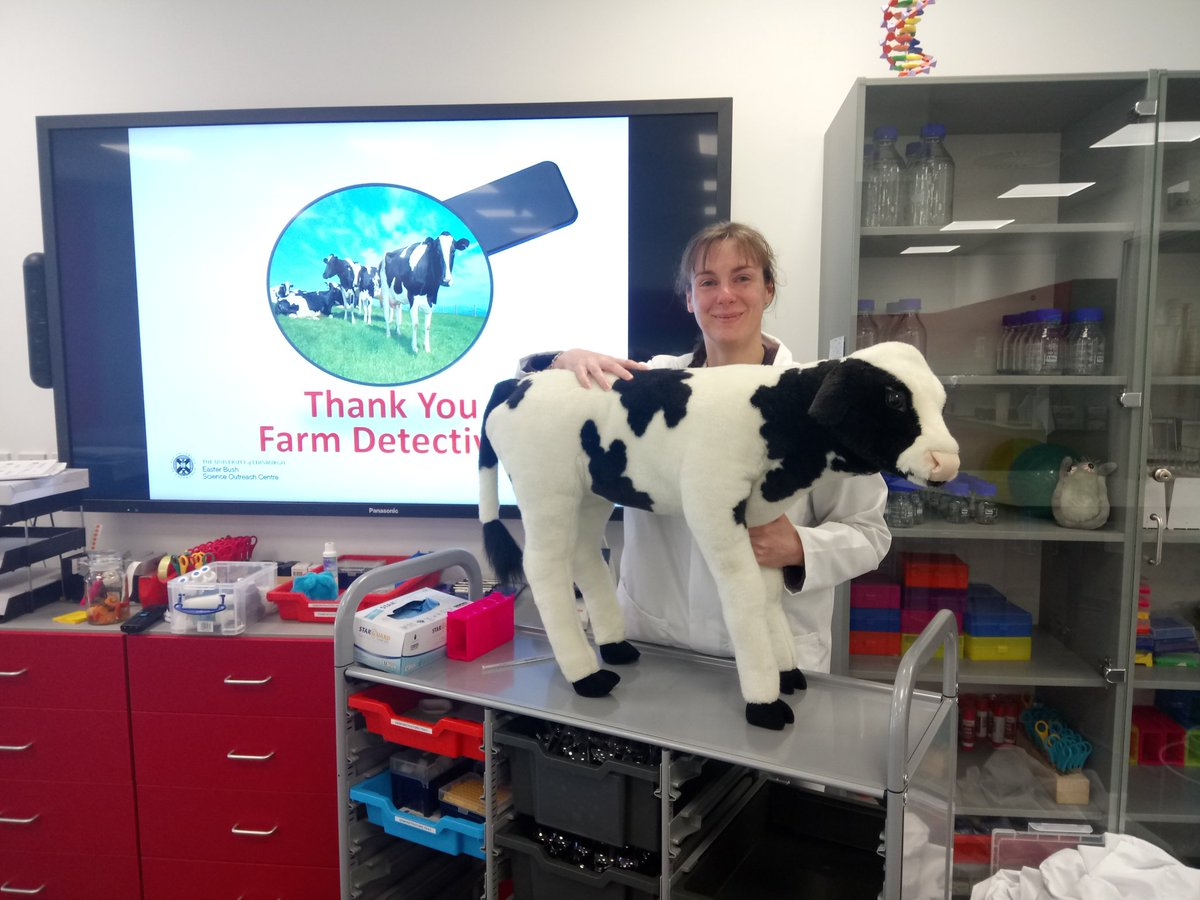 Had a great time helping the &#39;farm detectives&#39; @EBSOClab Daisy the cow will make a swift recovery. @roslininstitute #publicengagement #lifeofascientist<br>http://pic.twitter.com/zfwQPi9bI4