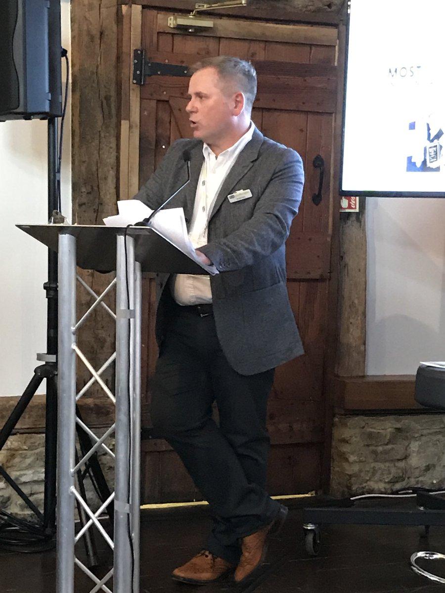 RT @ProLandscaperJW @ProLandscaperJW MD Jim Wilkinson kicks off the afternoon's event at @LoseleyPark #ProLandscaperLIVE