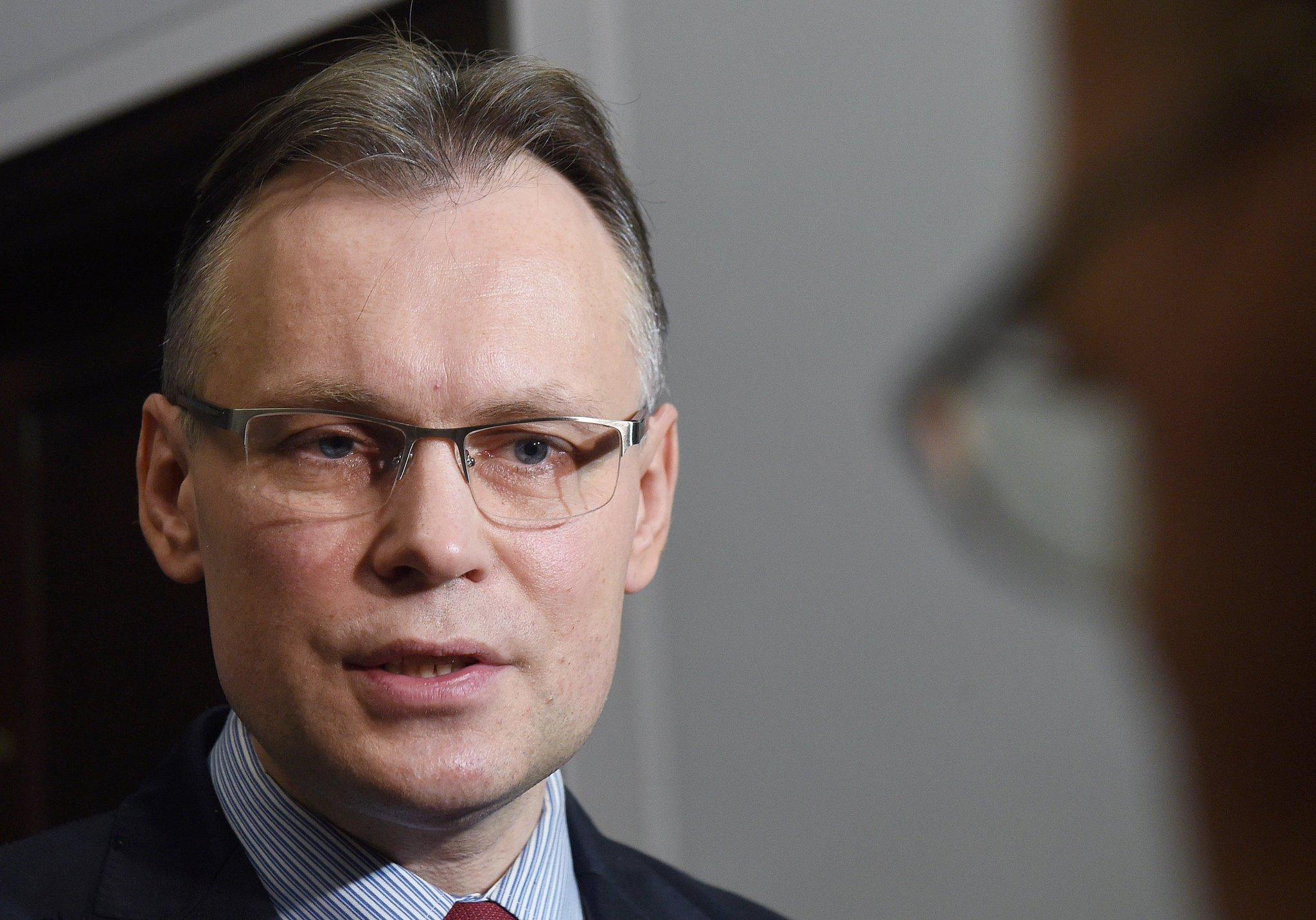 Nie istnieje dokument potwierdzający zrzeczenie się przez Polskę reparacji wojennych.