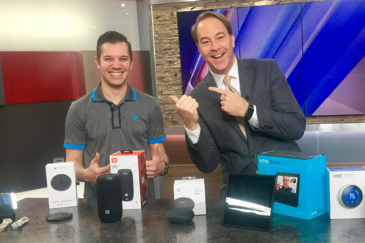 Always a fun time with @RayCortopassi #FOX59Morning @FOX59 AT&amp;T tech ideas to make life easier during busy Spring season #attemployee @ATTIndiana<br>http://pic.twitter.com/iooPggyr3e
