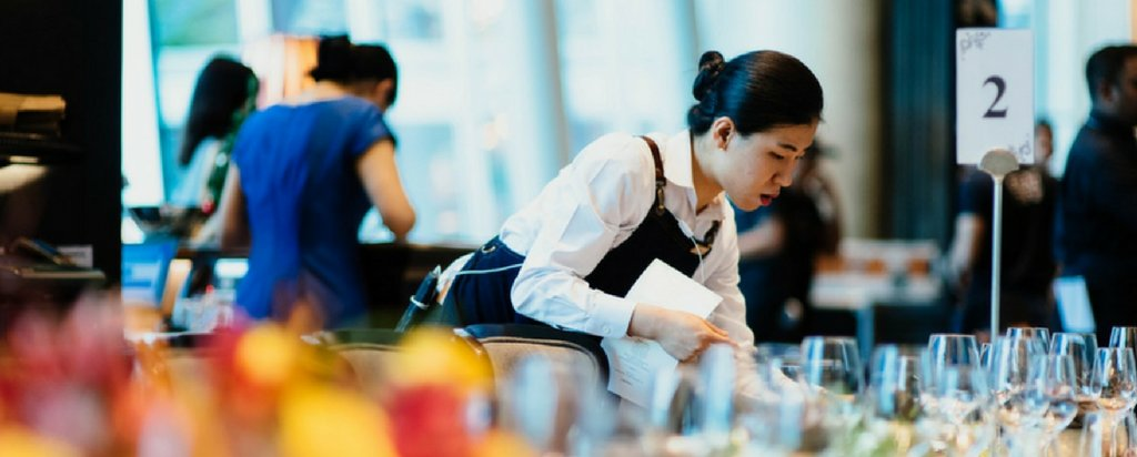 Find hospitality management degrees featuring @GlionNews and @LesRochesNews  on http://educations.com ! ...