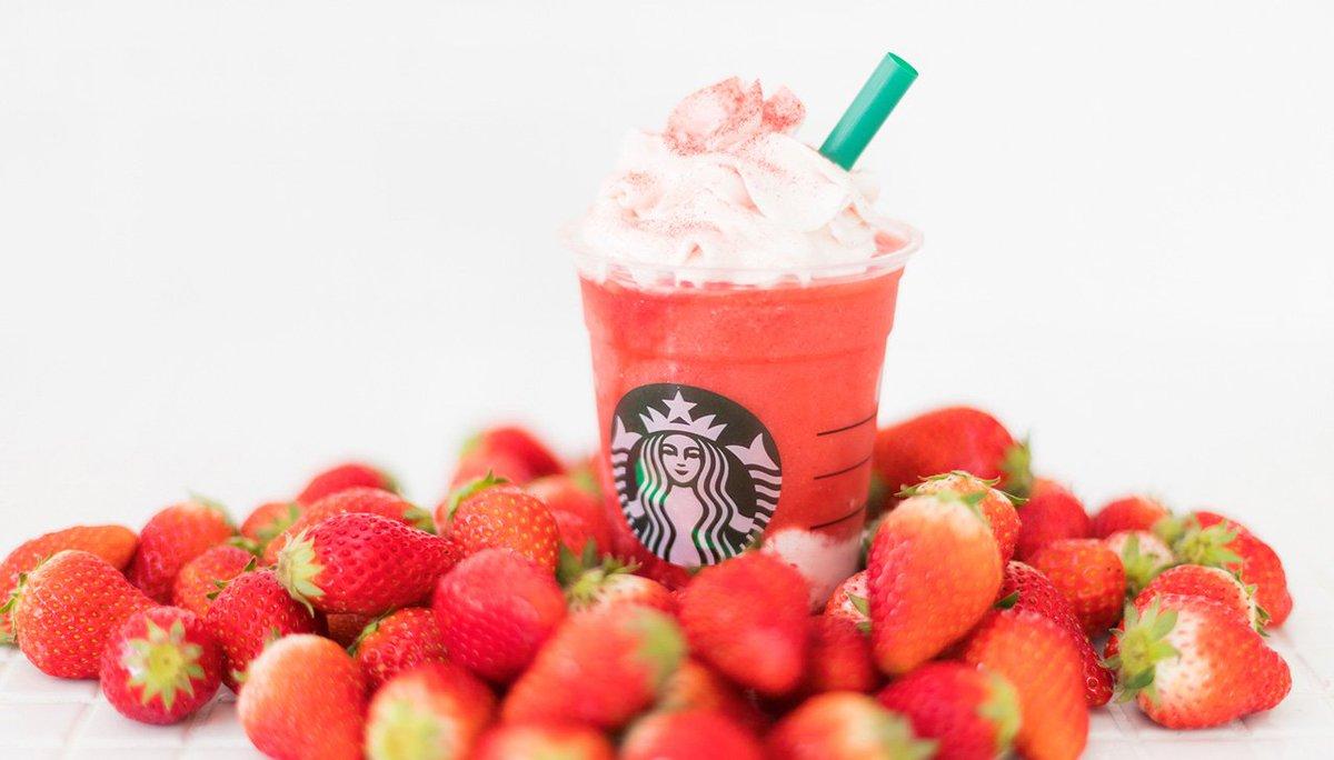 イチゴ過ぎる、イチゴ感がつまった「#STRAWBERRYVERYMUCHFRAPPUCCINO(#ストロベリーベリーマッチフラペチーノ)」が明日4/12(木)から登場! お楽しみに🍓🍓🍓