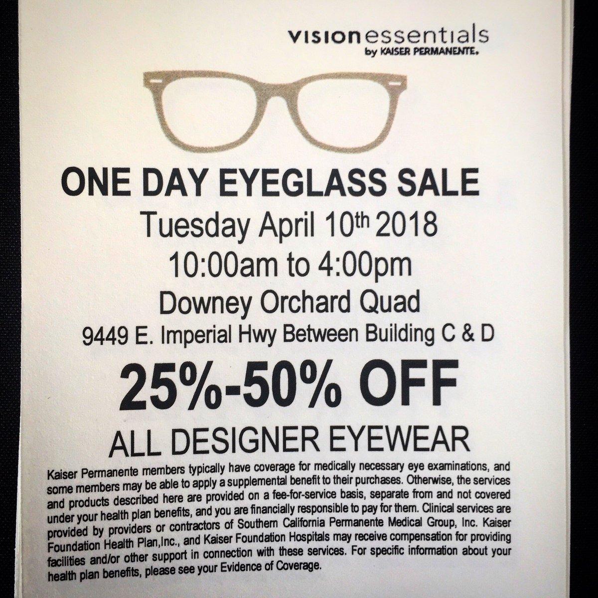 eyewearsale hashtag on Twitter