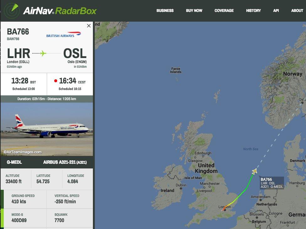British Airways #BA766 from London Heathrow to Oslo is declaring an emergency #radarbox https://t.co/HTsiWXDitt