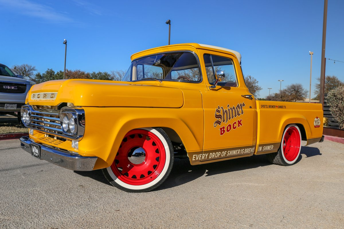 Meet the @ShinerBeer Ford F-100! What do ya'll think?
