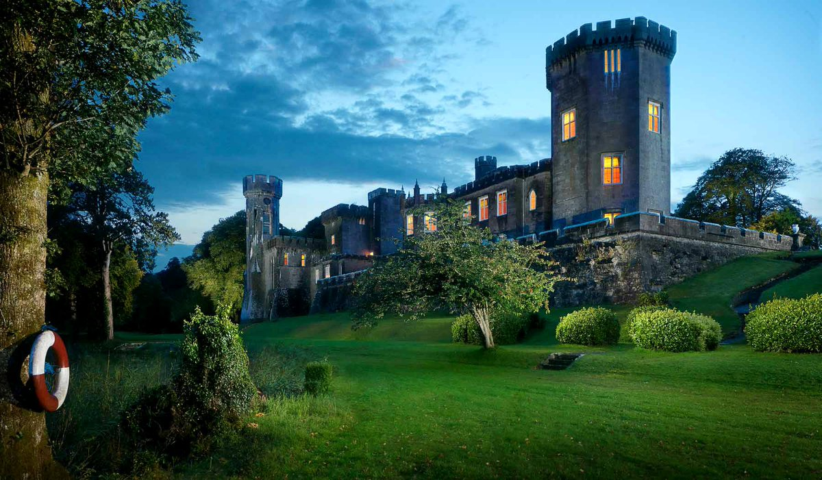 Here are #Galway's hottest romantic getaways right now: https://t.co/fG8Hflo1IQ https://t.co/dSvDtGVpGt