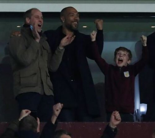 Great picture from B6 last night... Prince William, John Carew and the happiest boy in the world! #villa #win #3pts  👍🏻