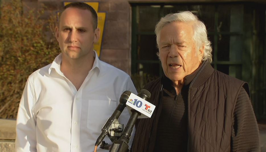 BREAKING:  owner Robert Kraft visited Meek Mill today in state prison as the  campaign#FreeMeekMill continues to play out in the courts.  https://t.co/24fJukV0Qa