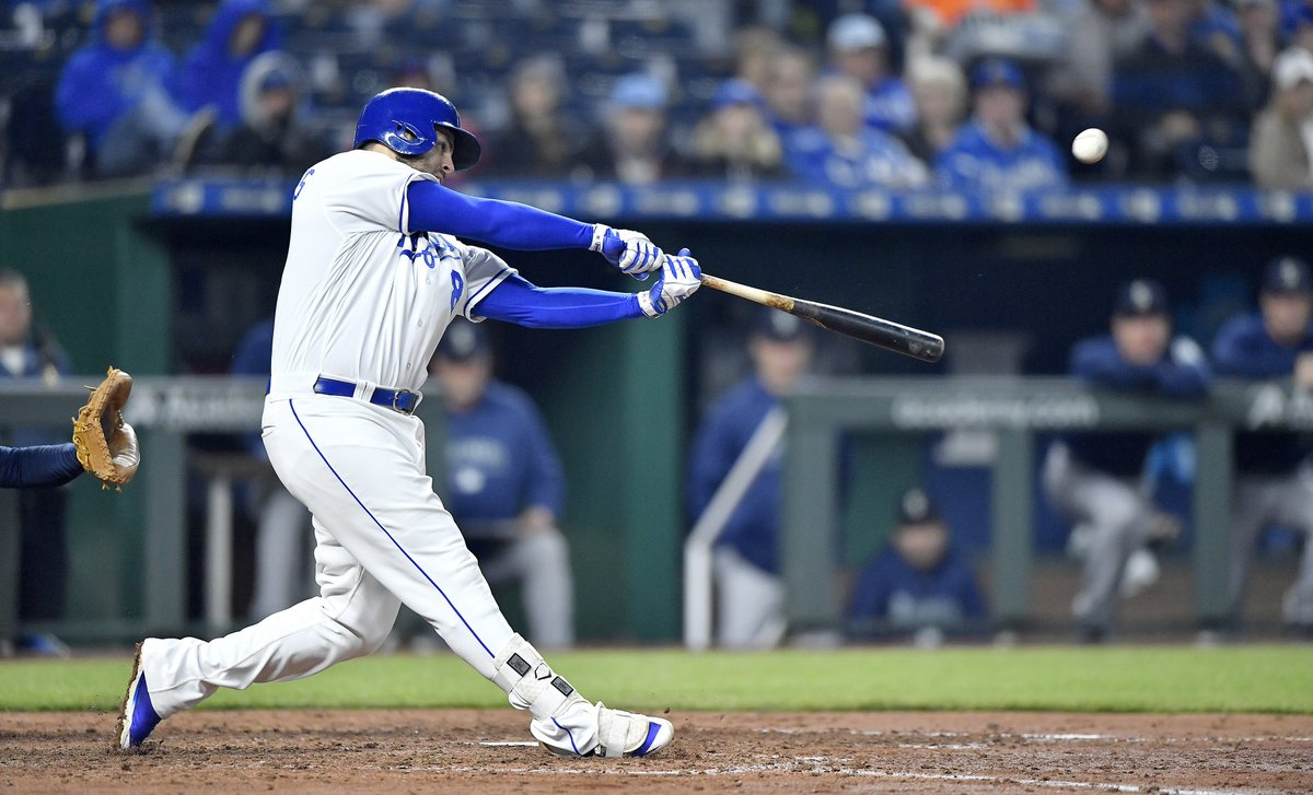 Two run home run for @Royals Mike Mousta...