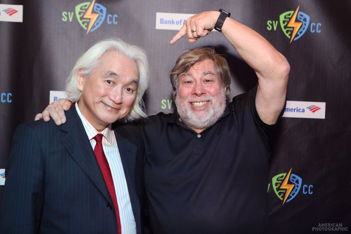 test Twitter Media - With @stevewoz having a blast at @SVComicCon 2018 last weekend, connecting with fans. Thanks to the show organizers and partners for being such great hosts. This was a lot of fun. #SVCC #svcc2018 https://t.co/eVKs7WiKnF