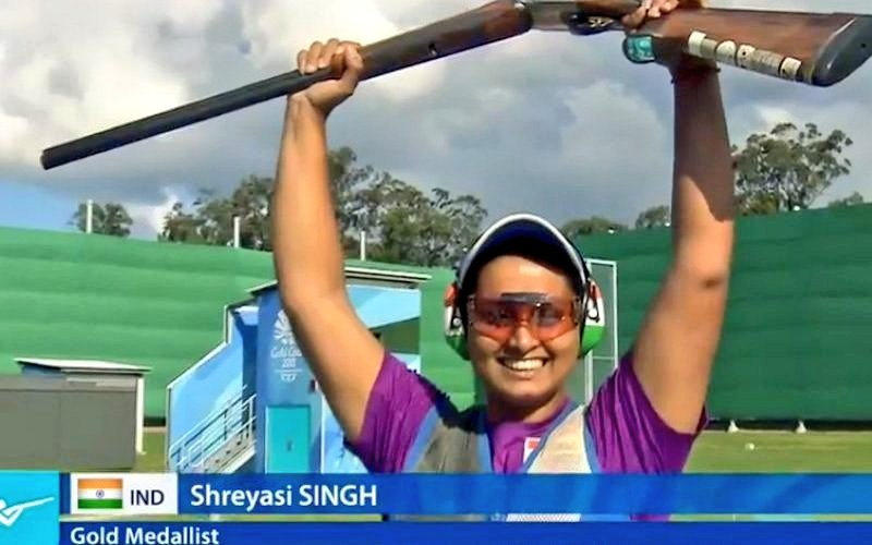 Well done Shreyasi Singh. Congratulations for clinching the gold medal in the women's double trap final at #GC2018 https://t.co/uvhVIZ1nPc