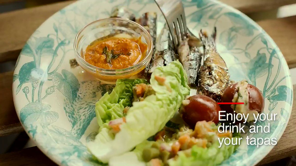 via atasteofspain RT spain: Things to do at least once in your life in Spain....  !Enjoy a new food #experience going out for #tapas¡ http://www.spain.info/en/reportajes/las_tapas_sabores_de_lujo_para_todos_los_paladares.html… #LoveTapas #SpanishCuisine #FoodExperience #LoveSpain #Gastronomy #Visitspain #TapasSpain #Pint…