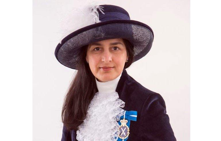 ملکہ برطانیہ کی طرف سے ڈاکٹر روبینہ شاہ مانچسٹر کی ہائی شیرف مقرر http://kashmirlinklondon.com/detail.php?id=9409… #Manchester #ppcuk #Pakistani