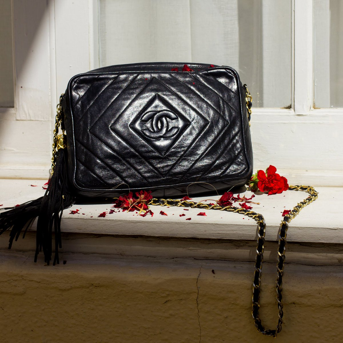 5ddfcce0c1d2 chanel bag school hashtag on Twitter
