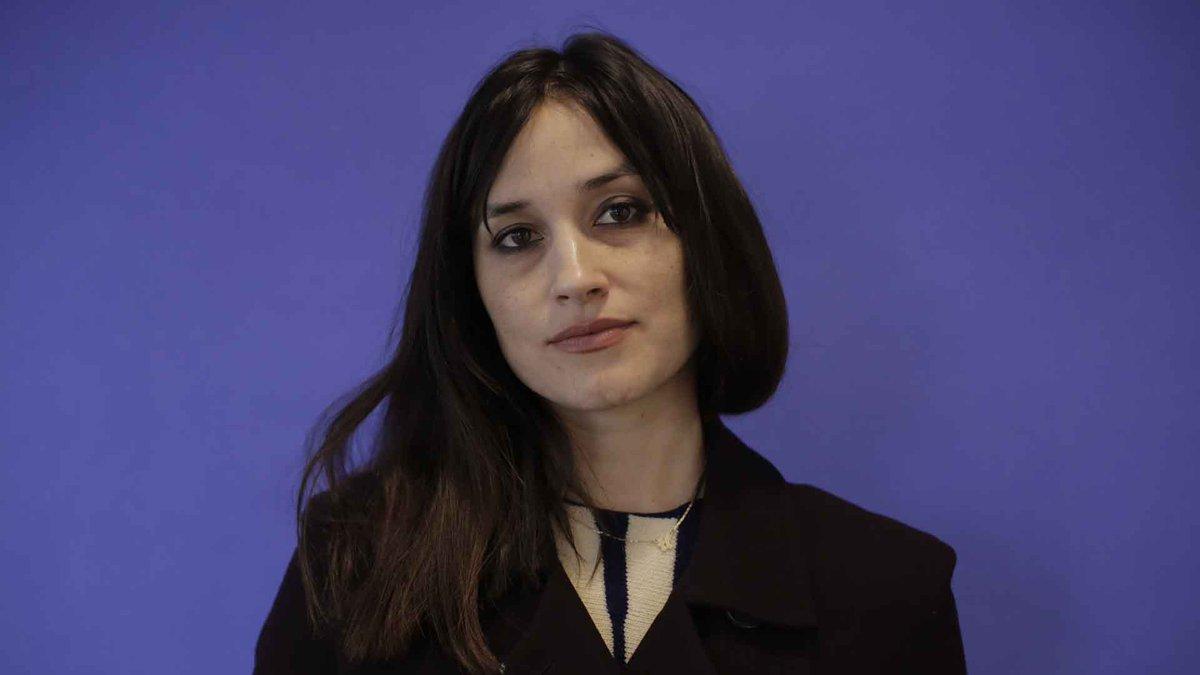 Caroline Carver (actress) forecasting
