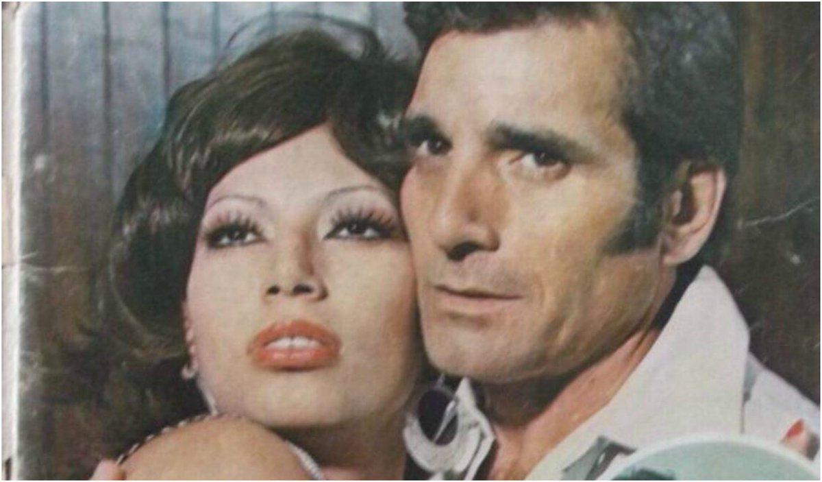 Esto fue lo que sucedió en el suicidió de la actriz de 72 años #EmiliaMartell en el baño de las oficinas de la ANDA. http://uni.vi/Euo130jrA9x